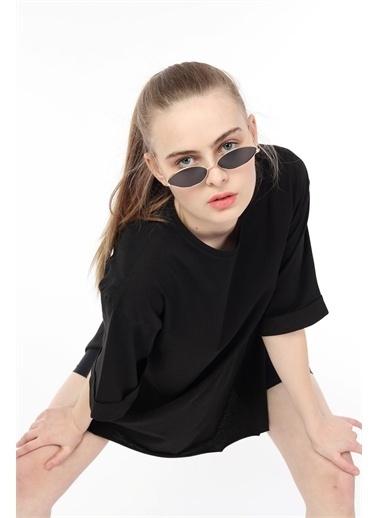 Rodi Jeans Kadın Yan Yırtmaçlı Kol Katlamalı Oversize T-Shirt DS21YB274123 Siyah